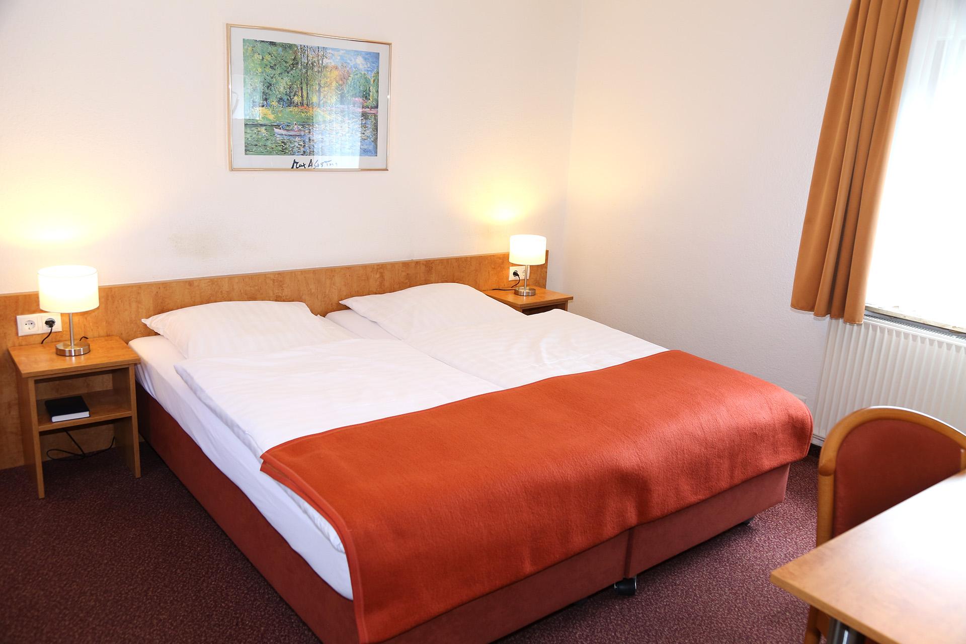 Hotel Bonn Doppelzimmer B Bett