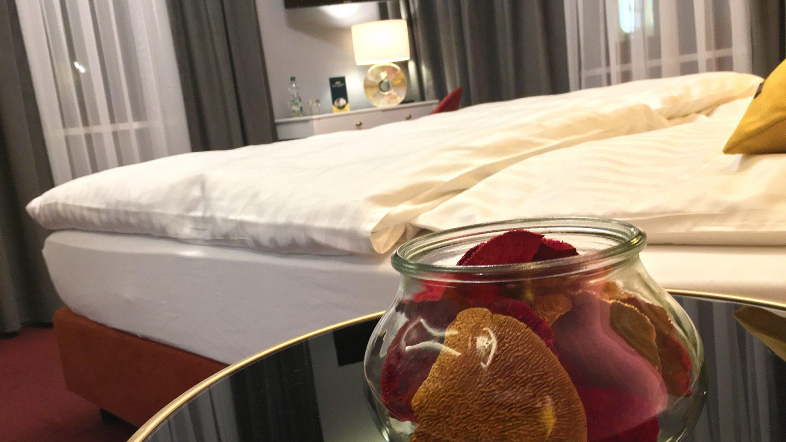 Superior Doppelzimmer Nachttischdeko